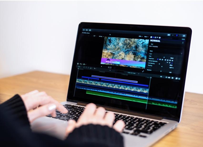 7+ Aplikasi Edit Video Terbaik untuk Mengoptimalkan Konten Video Anda